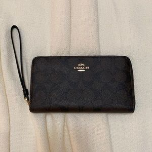Coach signature monogram wallet